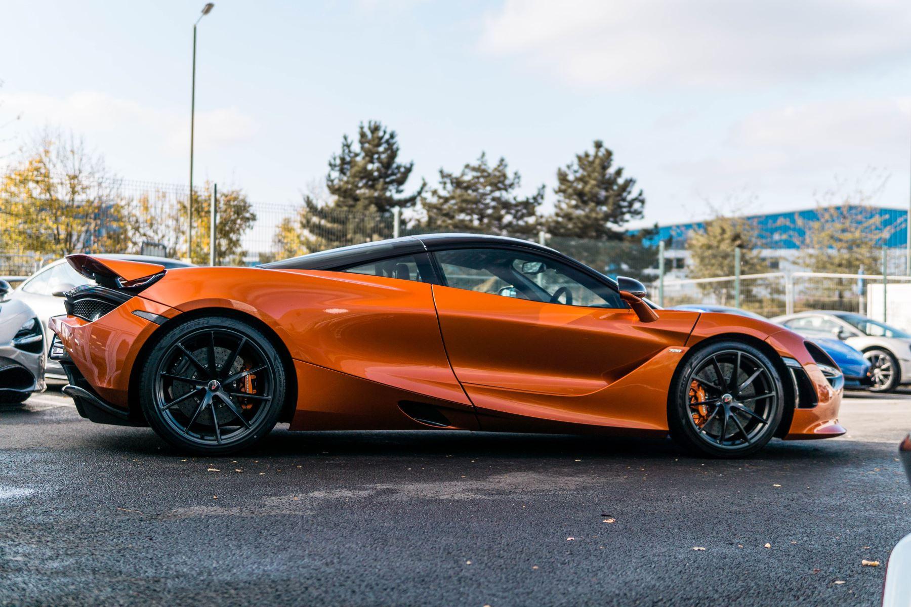 McLaren 720S V8 2dr SSG PERFORMANCE image 7